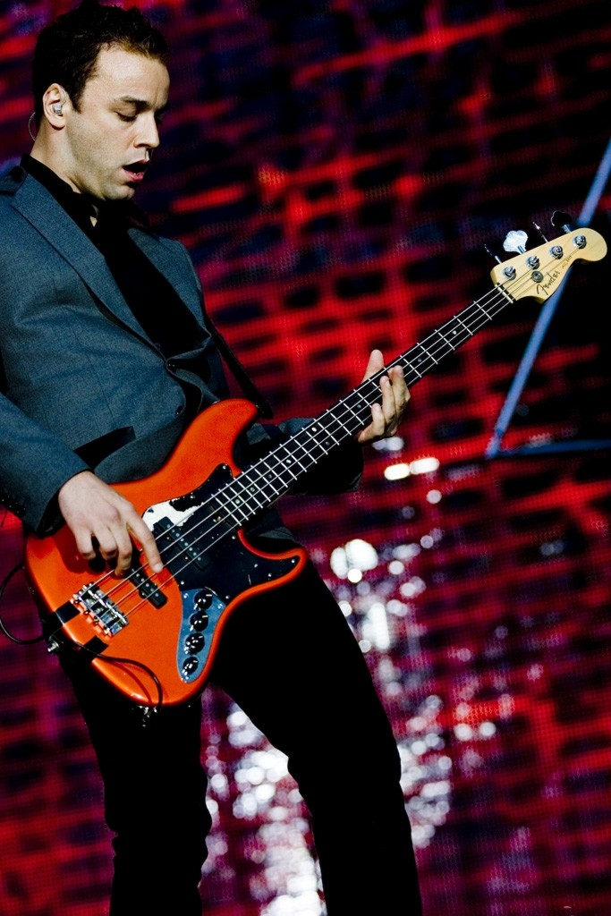 Muse Hysteria on a thrust